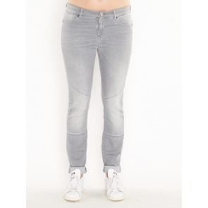 W17H001B WASHED JEANS