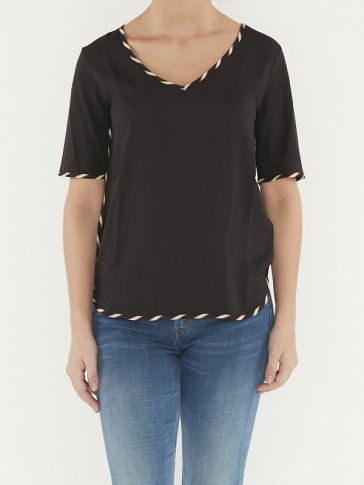 V-NECK TEE WITH WOVEN FRONT PANEL 156182