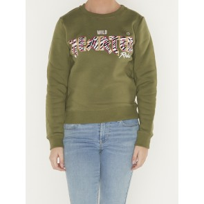 WILD HEARTED BASIC SWEATER
